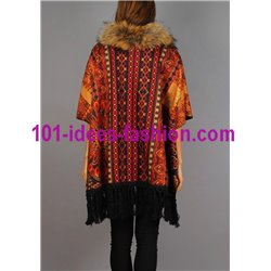 ethnic printed poncho fringes and fur brand 101 idees 150P christmas